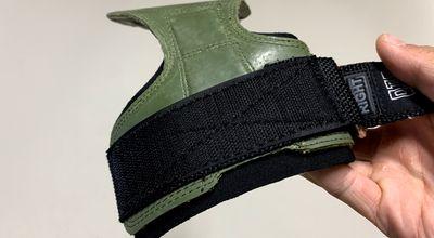 Cobra Grips特殊縫線